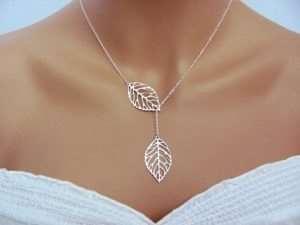 Серебряная брошь – лучшее украшение для любого образа