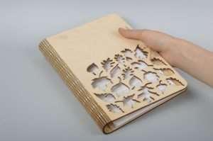 Оригинальные блокноты в деревянной обложке как отличный презент
