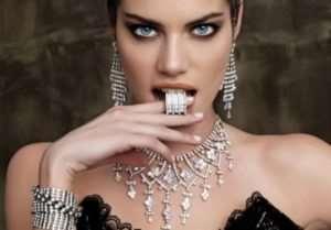 Бижутерия - альтернатива дорогим ювелирным украшениям