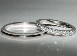 Оригинальные обручальные кольца из серебра для современных молодоженов