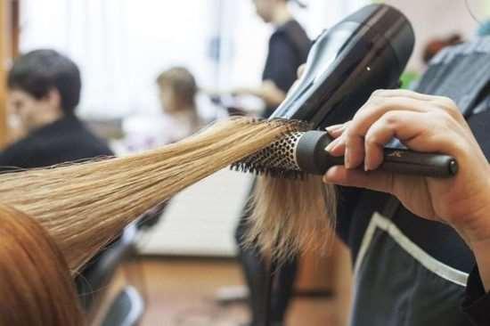 Курсы обучения на парикмахера: основные преимущества