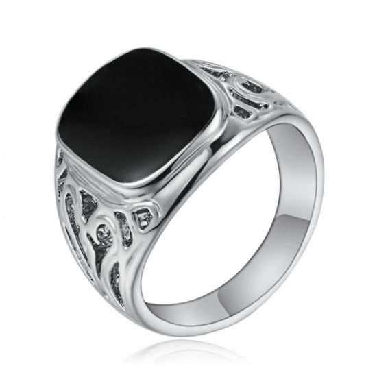 Серебряная печатка – лучшее украшение современного мужчины