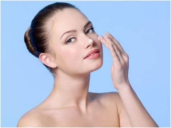 Эффективный уход за кожей лица и тела в зимний период