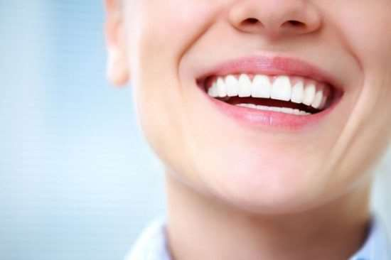 Эффективные средства для отбеливания зубов