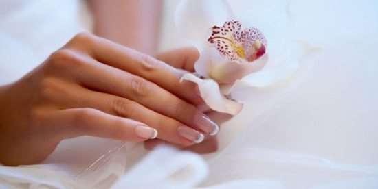Все преимущества и недостатки наращивания ногтей при помощи геля