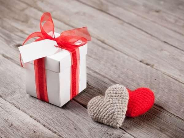 Каким подарком удивить свою вторую половинку?