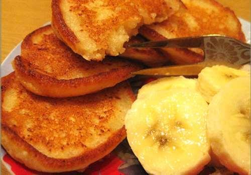 Сырники с бананом в духовке – отличное лакомство без сахара