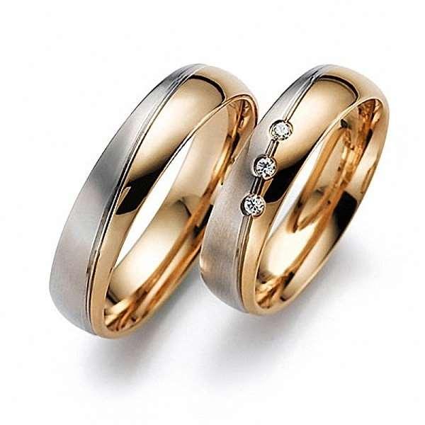 Широкий ассортимент золотых обручальных колец – какие выбрать?