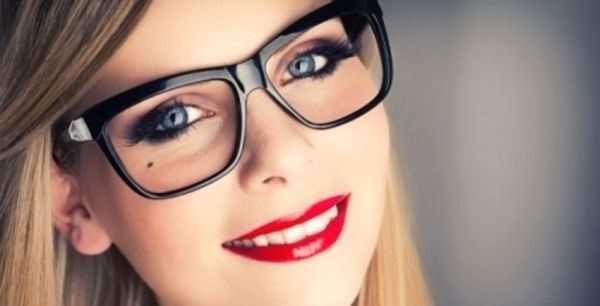 Выбор очков для зрения: обращаем внимание на линзы