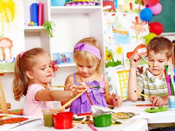 Государственный или частный детский сад: чему отдать предпочтение?