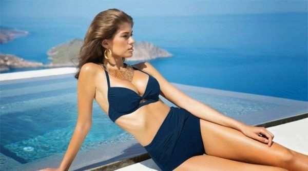 Женские купальники: выбираем подходящий размер и материал