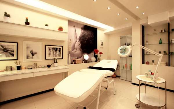 Выбор мебели в косметологический кабинет