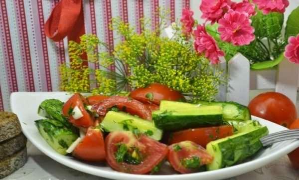 Ароматные малосольные овощи в пакете