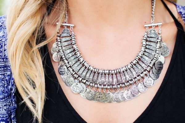 Как выбрать женское ювелирное украшение из серебра и не прогадать?