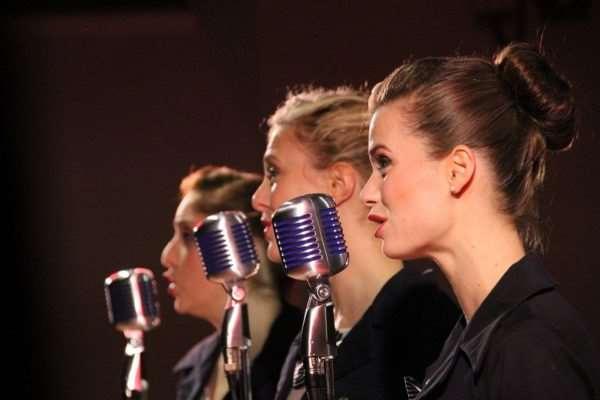 Посещение уроков вокала в Москве позволит развить музыкальный слух и силу голоса