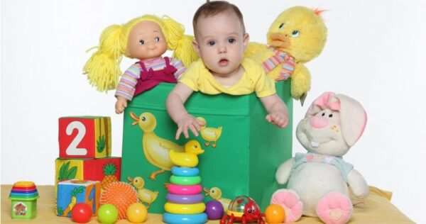 Как выбрать полезные и развивающие игрушки для детей?