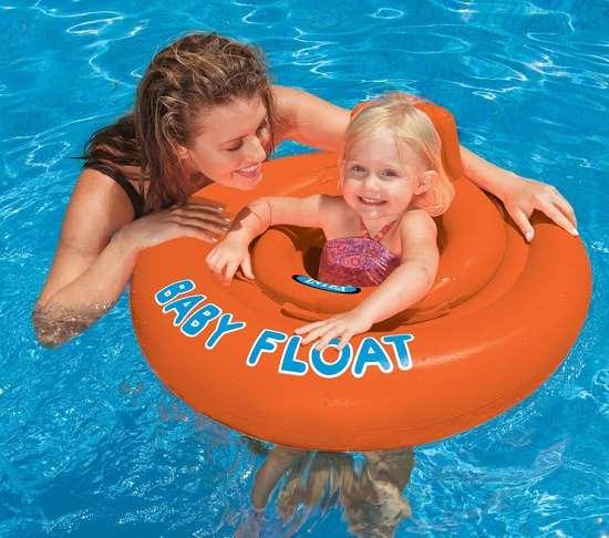 Учимся выбирать надежный надувной детский круг для плавания