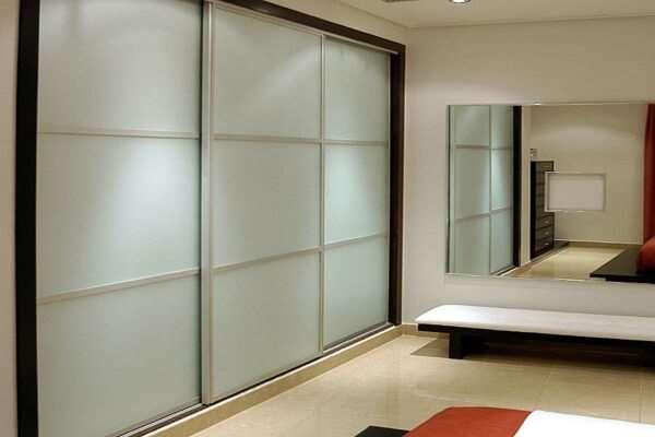 Встраиваемая мебель в интерьере: особенности и преимущества