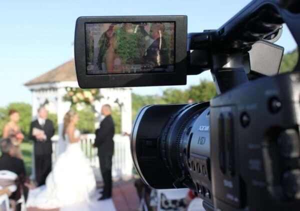 Нужны ли фотограф и видеограф на свадьбу?