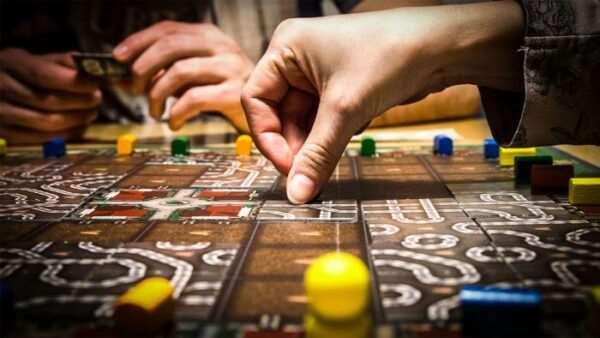Настольные игры – очевидная польза и развлечение