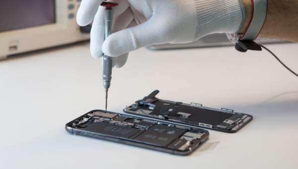 Проблемы с самостоятельным ремонтом iPhone