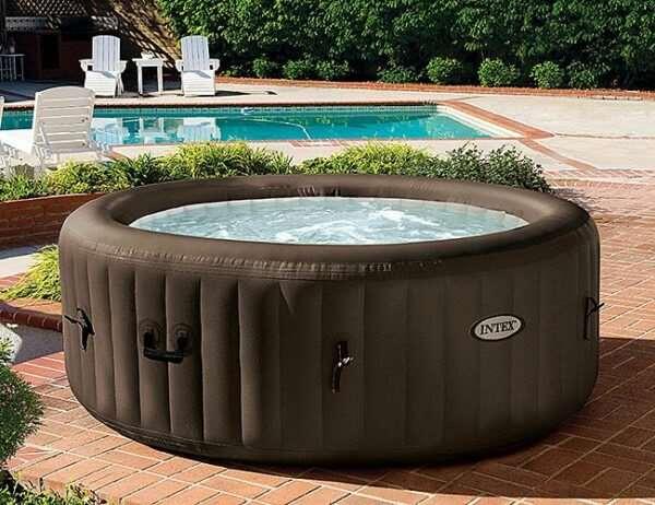 Надувной СПА-бассейн джакузи — веселый и полезный отдых
