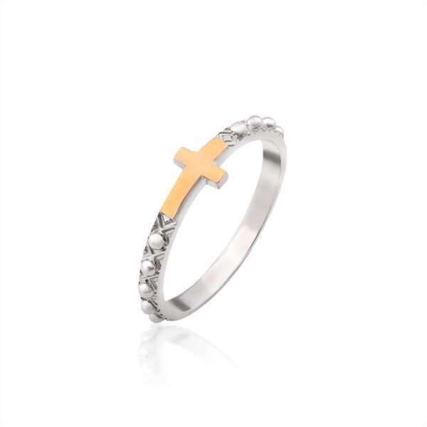 Серебряные кольца — всегда актуально и стильно