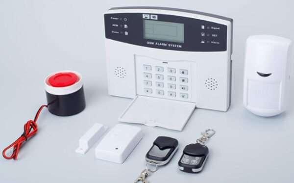 С охранной GSM сигнализацией дом под надежной защитой
