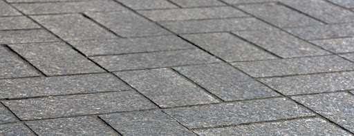 Брусчастка – популярный способ оформления тротуара
