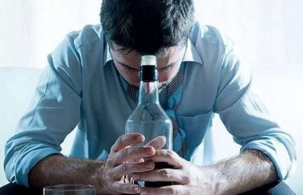 Какие методы используют врачи в лечении алкоголизма?