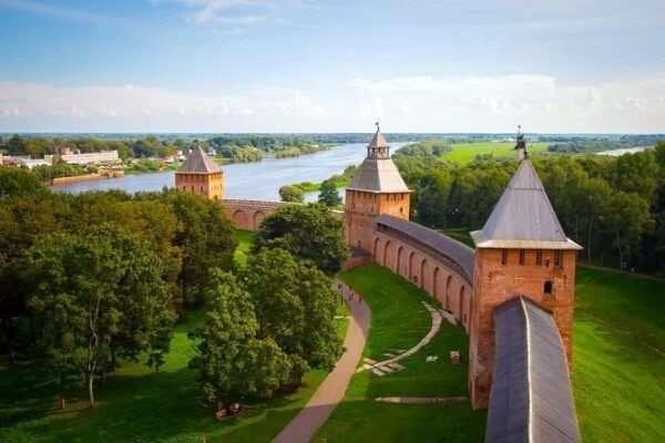 Отдых в Великом Новгороде — музеи, кафе, рестораны