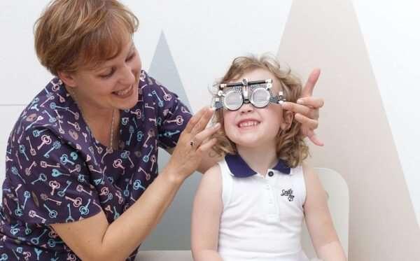 Как проверить зрение маленькому ребенку?