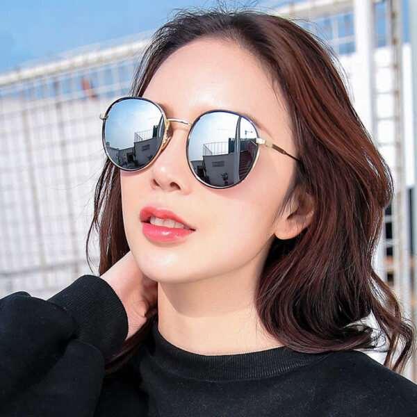 Оригинальные солнцезащитные очки от «Divo-optica»