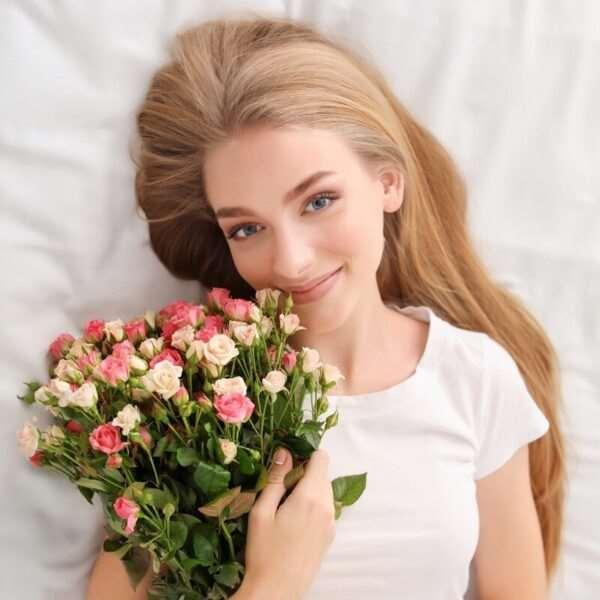 Любимые цветы девушки – секреты опытных флористов