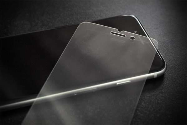 Помогают ли защитные стекла и пленки для телефонов?