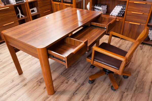 Мебель из массива дерева — ресурс и дизайн